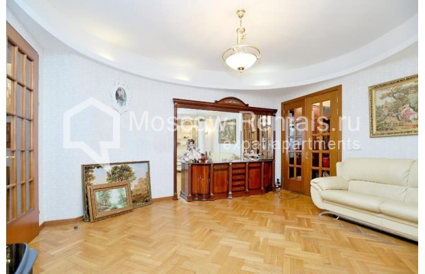 "Photo #2 2-room (1 BR) apartment for <a href=""http://moscow-rentals.ru/en/articles/long-term-rent"" target=""_blank"">a long-term</a> rent  in Russia, Moscow, Lesnaya str., 6к1"