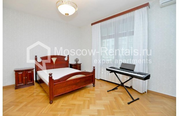 "Photo #5 2-room (1 BR) apartment for <a href=""http://moscow-rentals.ru/en/articles/long-term-rent"" target=""_blank"">a long-term</a> rent  in Russia, Moscow, Lesnaya str., 6к1"