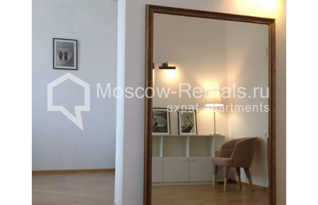 """Photo #1 2-room (1 BR) apartment <u>for a long-term rent</u> (<a href=""""http://moscow-rentals.ru/en/articles/long-term-rent"""" target=""""_blank"""">FAQ</a>)    in Russia, Moscow, Trekhprudnyi lane, 8"""
