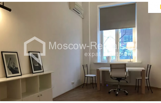 """Photo #2 2-room (1 BR) apartment <u>for a long-term rent</u> (<a href=""""http://moscow-rentals.ru/en/articles/long-term-rent"""" target=""""_blank"""">FAQ</a>)    in Russia, Moscow, Trekhprudnyi lane, 8"""