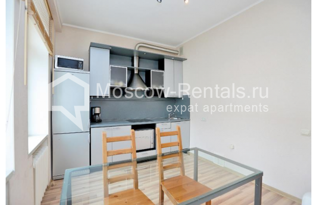 "Photo #2 2-room (1 BR) apartment for <a href=""http://moscow-rentals.ru/en/articles/long-term-rent"" target=""_blank"">a long-term</a> rent  in Russia, Moscow, Tverskaya str, 6С1"