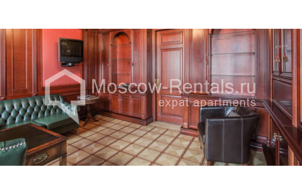 "Photo #8 5-room (4 BR) apartment <u>for a long-term rent</u> (<a href=""http://moscow-rentals.ru/en/articles/long-term-rent"" target=""_blank"">FAQ</a>)    in Russia, Moscow, Makarenko str, 2/21с2"