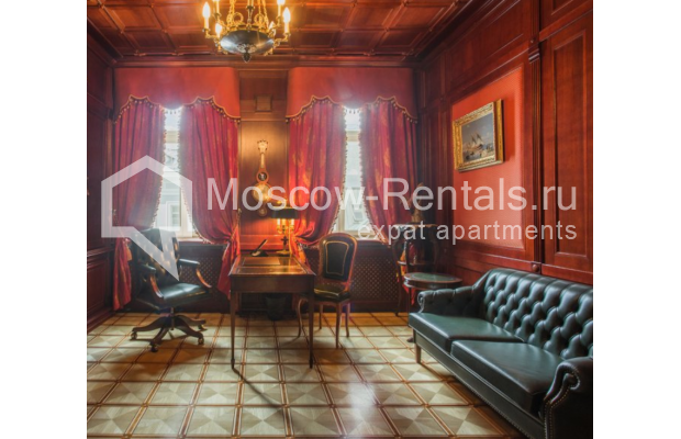 "Photo #7 5-room (4 BR) apartment <u>for a long-term rent</u> (<a href=""http://moscow-rentals.ru/en/articles/long-term-rent"" target=""_blank"">FAQ</a>)    in Russia, Moscow, Makarenko str, 2/21с2"