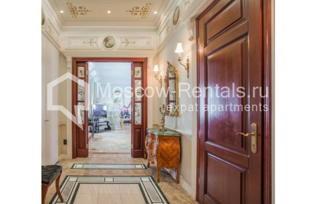 "Photo #6 5-room (4 BR) apartment <u>for a long-term rent</u> (<a href=""http://moscow-rentals.ru/en/articles/long-term-rent"" target=""_blank"">FAQ</a>)    in Russia, Moscow, Makarenko str, 2/21с2"
