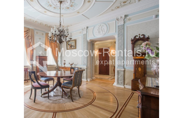 "Photo #2 5-room (4 BR) apartment <u>for a long-term rent</u> (<a href=""http://moscow-rentals.ru/en/articles/long-term-rent"" target=""_blank"">FAQ</a>)    in Russia, Moscow, Makarenko str, 2/21с2"
