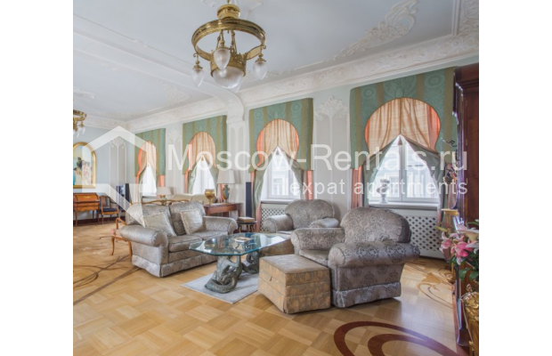 "Photo #4 5-room (4 BR) apartment <u>for a long-term rent</u> (<a href=""http://moscow-rentals.ru/en/articles/long-term-rent"" target=""_blank"">FAQ</a>)    in Russia, Moscow, Makarenko str, 2/21с2"