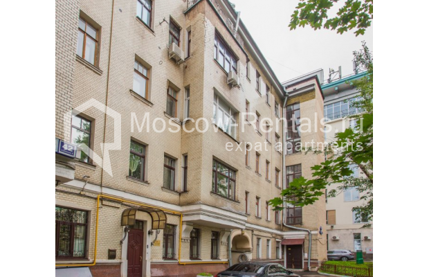"""Photo #16 4-room (3 BR) apartment <u>for a long-term rent</u> (<a href=""""http://moscow-rentals.ru/en/articles/long-term-rent"""" target=""""_blank"""">FAQ</a>)    in Russia, Moscow, Pokrovka str, 42 с6"""