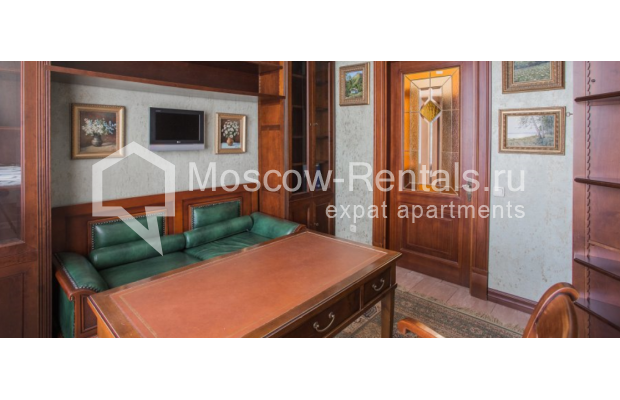 """Photo #10 4-room (3 BR) apartment <u>for a long-term rent</u> (<a href=""""http://moscow-rentals.ru/en/articles/long-term-rent"""" target=""""_blank"""">FAQ</a>)    in Russia, Moscow, Pokrovka str, 42 с6"""