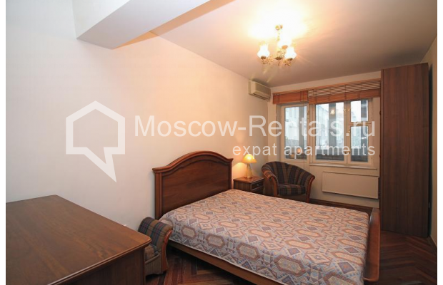 "Photo #5 2-room (1 BR) apartment for <a href=""http://moscow-rentals.ru/en/articles/long-term-rent"" target=""_blank"">a long-term</a> rent  in Russia, Moscow, Malaya Dmitrovka str, 24/2"