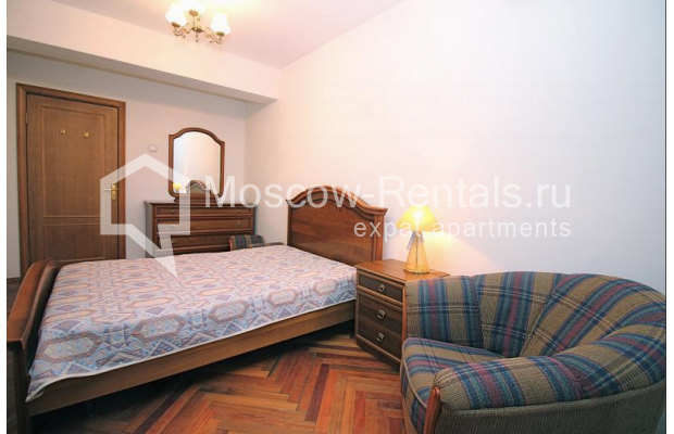 "Photo #6 2-room (1 BR) apartment for <a href=""http://moscow-rentals.ru/en/articles/long-term-rent"" target=""_blank"">a long-term</a> rent  in Russia, Moscow, Malaya Dmitrovka str, 24/2"