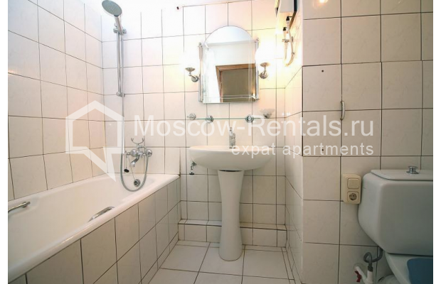 "Photo #14 2-room (1 BR) apartment for <a href=""http://moscow-rentals.ru/en/articles/long-term-rent"" target=""_blank"">a long-term</a> rent  in Russia, Moscow, Malaya Dmitrovka str, 24/2"