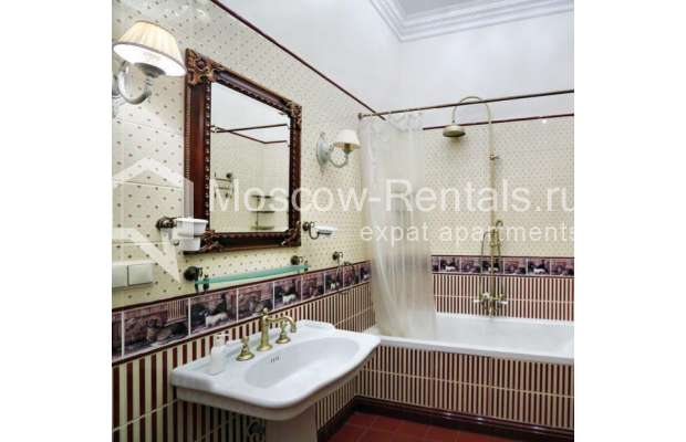 """Photo #6 3-room (2 BR) apartment for <a href=""""http://moscow-rentals.ru/en/articles/long-term-rent"""" target=""""_blank"""">a long-term</a> rent  in Russia, Moscow, Degtyarnyi lane, 15к1"""