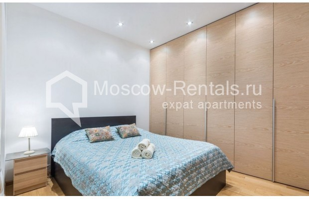 "Photo #14 2-room (1 BR) apartment for <a href=""http://moscow-rentals.ru/en/articles/long-term-rent"" target=""_blank"">a long-term</a> rent  in Russia, Moscow, Blagoveshenskyi lane, 5"
