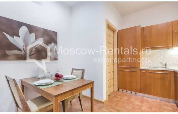 "Photo #11 2-room (1 BR) apartment for <a href=""http://moscow-rentals.ru/en/articles/long-term-rent"" target=""_blank"">a long-term</a> rent  in Russia, Moscow, Blagoveshenskyi lane, 5"