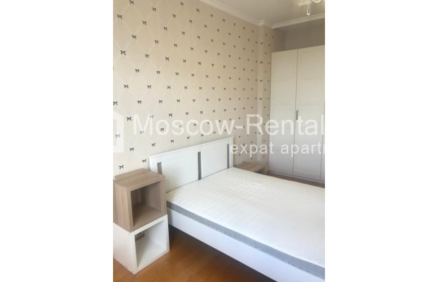 """Photo #6 4-room (3 BR) apartment for <a href=""""http://moscow-rentals.ru/en/articles/long-term-rent"""" target=""""_blank"""">a long-term</a> rent  in Russia, Moscow, Sosnovaya alleya, 1"""