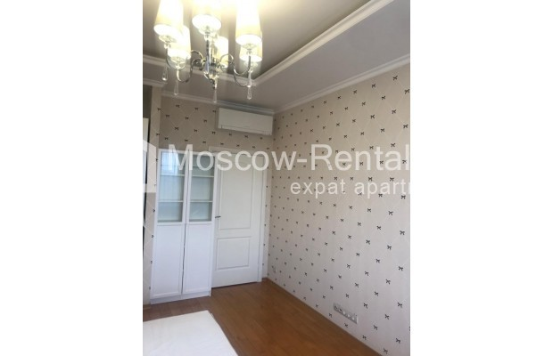 """Photo #8 4-room (3 BR) apartment for <a href=""""http://moscow-rentals.ru/en/articles/long-term-rent"""" target=""""_blank"""">a long-term</a> rent  in Russia, Moscow, Sosnovaya alleya, 1"""