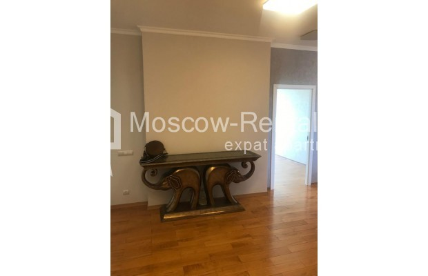 """Photo #16 4-room (3 BR) apartment for <a href=""""http://moscow-rentals.ru/en/articles/long-term-rent"""" target=""""_blank"""">a long-term</a> rent  in Russia, Moscow, Sosnovaya alleya, 1"""