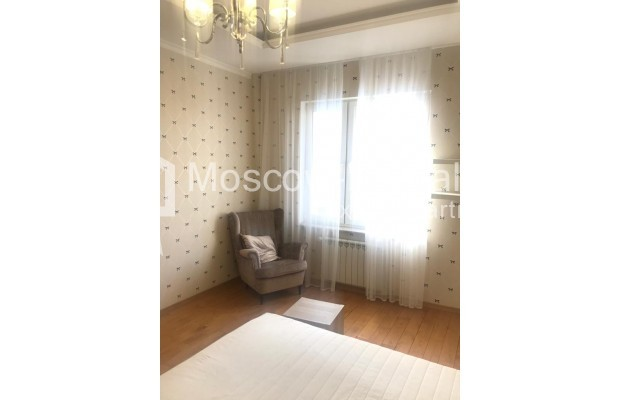 """Photo #9 4-room (3 BR) apartment for <a href=""""http://moscow-rentals.ru/en/articles/long-term-rent"""" target=""""_blank"""">a long-term</a> rent  in Russia, Moscow, Sosnovaya alleya, 1"""