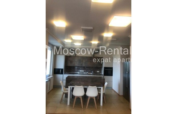 """Photo #2 4-room (3 BR) apartment for <a href=""""http://moscow-rentals.ru/en/articles/long-term-rent"""" target=""""_blank"""">a long-term</a> rent  in Russia, Moscow, Sosnovaya alleya, 1"""