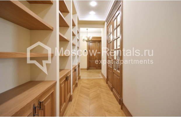 Photo #17 4-room (3 BR) apartment for sale in Russia, Moscow, Sivtsev Vrazhek lane, 44/28