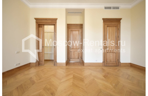 Photo #18 4-room (3 BR) apartment for sale in Russia, Moscow, Sivtsev Vrazhek lane, 44/28