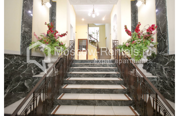 Photo #27 4-room (3 BR) apartment for sale in Russia, Moscow, Sivtsev Vrazhek lane, 44/28