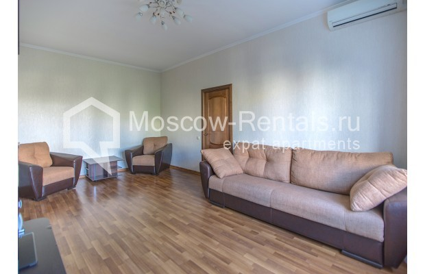 """Photo #3 2-room (1 BR) apartment for <a href=""""http://moscow-rentals.ru/en/articles/long-term-rent"""" target=""""_blank"""">a long-term</a> rent  in Russia, Moscow, Voznesensyi lane, 16/4"""