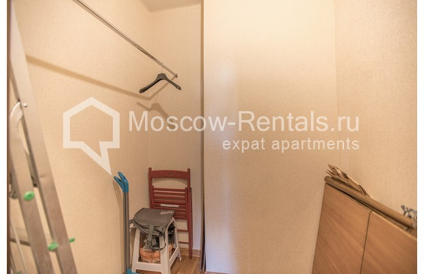"""Photo #13 2-room (1 BR) apartment for <a href=""""http://moscow-rentals.ru/en/articles/long-term-rent"""" target=""""_blank"""">a long-term</a> rent  in Russia, Moscow, Voznesensyi lane, 16/4"""