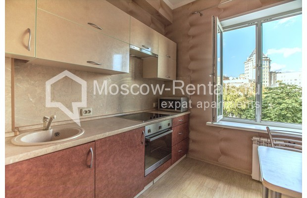 """Photo #6 2-room (1 BR) apartment for <a href=""""http://moscow-rentals.ru/en/articles/long-term-rent"""" target=""""_blank"""">a long-term</a> rent  in Russia, Moscow, Voznesensyi lane, 16/4"""