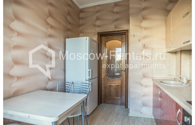 """Photo #7 2-room (1 BR) apartment for <a href=""""http://moscow-rentals.ru/en/articles/long-term-rent"""" target=""""_blank"""">a long-term</a> rent  in Russia, Moscow, Voznesensyi lane, 16/4"""