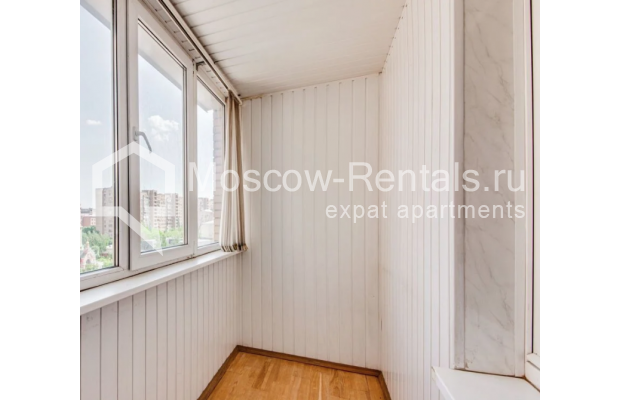 "Photo #3 3-room (2 BR) apartment for <a href=""http://moscow-rentals.ru/en/articles/long-term-rent"" target=""_blank"">a long-term</a> rent  in Russia, Moscow, Dolgorukovskaya str, 40"