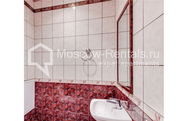 "Photo #13 3-room (2 BR) apartment for <a href=""http://moscow-rentals.ru/en/articles/long-term-rent"" target=""_blank"">a long-term</a> rent  in Russia, Moscow, Dolgorukovskaya str, 40"