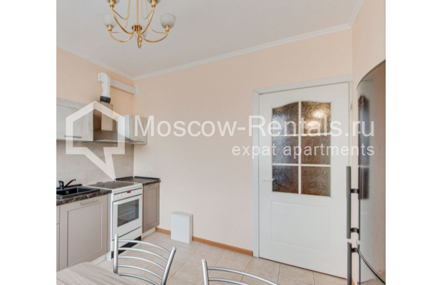 "Photo #14 3-room (2 BR) apartment for <a href=""http://moscow-rentals.ru/en/articles/long-term-rent"" target=""_blank"">a long-term</a> rent  in Russia, Moscow, Dolgorukovskaya str, 40"