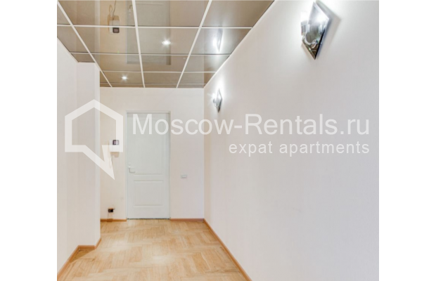 "Photo #17 3-room (2 BR) apartment for <a href=""http://moscow-rentals.ru/en/articles/long-term-rent"" target=""_blank"">a long-term</a> rent  in Russia, Moscow, Dolgorukovskaya str, 40"