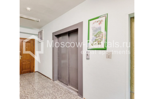 "Photo #18 3-room (2 BR) apartment for <a href=""http://moscow-rentals.ru/en/articles/long-term-rent"" target=""_blank"">a long-term</a> rent  in Russia, Moscow, Dolgorukovskaya str, 40"