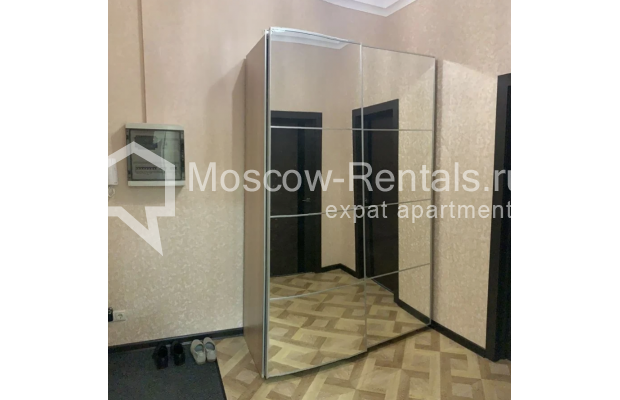 "Photo #13 3-room (2 BR) apartment for <a href=""http://moscow-rentals.ru/en/articles/long-term-rent"" target=""_blank"">a long-term</a> rent  in Russia, Moscow, Bolshaya Bronnaya str, 27/4"