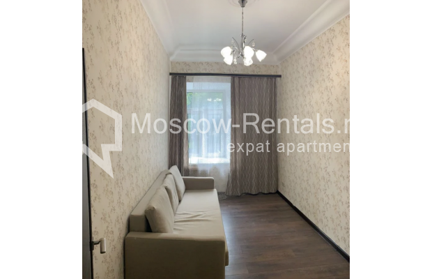 "Photo #5 3-room (2 BR) apartment for <a href=""http://moscow-rentals.ru/en/articles/long-term-rent"" target=""_blank"">a long-term</a> rent  in Russia, Moscow, Bolshaya Bronnaya str, 27/4"