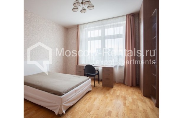 """Photo #7 5-room (4 BR) apartment for <a href=""""http://moscow-rentals.ru/en/articles/long-term-rent"""" target=""""_blank"""">a long-term</a> rent  in Russia, Moscow, Leninskyi prosp, 114"""