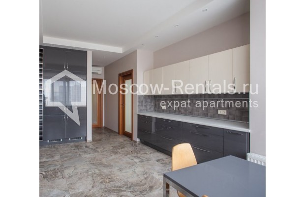 """Photo #5 5-room (4 BR) apartment for <a href=""""http://moscow-rentals.ru/en/articles/long-term-rent"""" target=""""_blank"""">a long-term</a> rent  in Russia, Moscow, Leninskyi prosp, 114"""