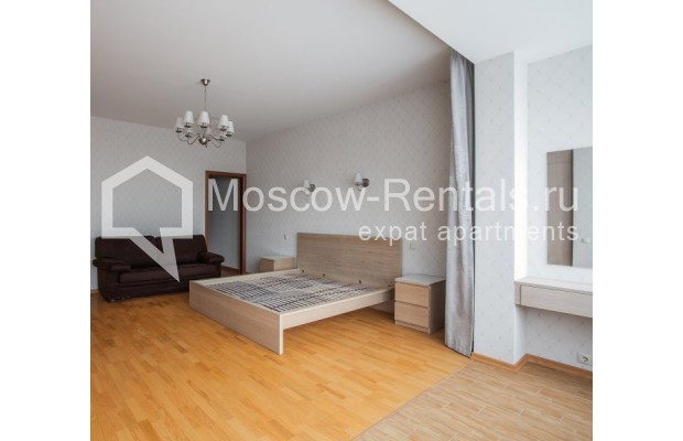"""Photo #9 5-room (4 BR) apartment for <a href=""""http://moscow-rentals.ru/en/articles/long-term-rent"""" target=""""_blank"""">a long-term</a> rent  in Russia, Moscow, Leninskyi prosp, 114"""