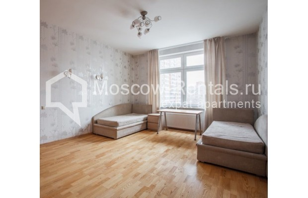 """Photo #13 5-room (4 BR) apartment for <a href=""""http://moscow-rentals.ru/en/articles/long-term-rent"""" target=""""_blank"""">a long-term</a> rent  in Russia, Moscow, Leninskyi prosp, 114"""
