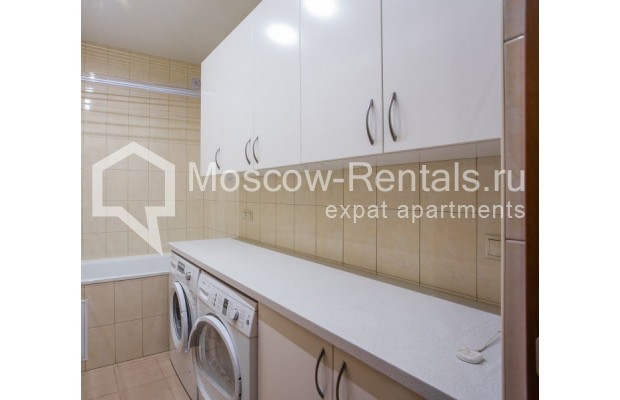 """Photo #20 5-room (4 BR) apartment for <a href=""""http://moscow-rentals.ru/en/articles/long-term-rent"""" target=""""_blank"""">a long-term</a> rent  in Russia, Moscow, Leninskyi prosp, 114"""