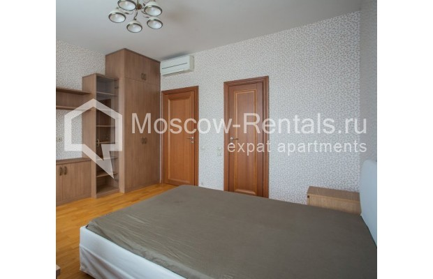 """Photo #8 5-room (4 BR) apartment for <a href=""""http://moscow-rentals.ru/en/articles/long-term-rent"""" target=""""_blank"""">a long-term</a> rent  in Russia, Moscow, Leninskyi prosp, 114"""