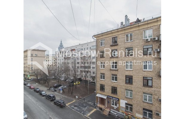 "Photo #11 3-room (2 BR) apartment for <a href=""http://moscow-rentals.ru/en/articles/long-term-rent"" target=""_blank"">a long-term</a> rent  in Russia, Moscow, 4th Tverskaya-Yamskaya str, 8/9"