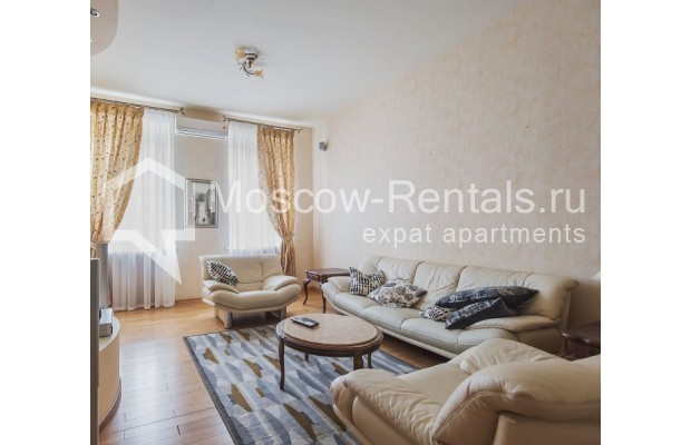 "Photo #1 3-room (2 BR) apartment for <a href=""http://moscow-rentals.ru/en/articles/long-term-rent"" target=""_blank"">a long-term</a> rent  in Russia, Moscow, 4th Tverskaya-Yamskaya str, 8/9"