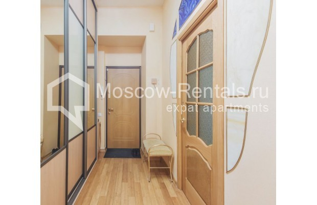 "Photo #10 3-room (2 BR) apartment for <a href=""http://moscow-rentals.ru/en/articles/long-term-rent"" target=""_blank"">a long-term</a> rent  in Russia, Moscow, 4th Tverskaya-Yamskaya str, 8/9"
