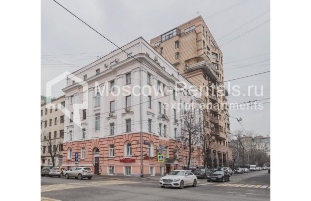 "Photo #12 3-room (2 BR) apartment for <a href=""http://moscow-rentals.ru/en/articles/long-term-rent"" target=""_blank"">a long-term</a> rent  in Russia, Moscow, 4th Tverskaya-Yamskaya str, 8/9"