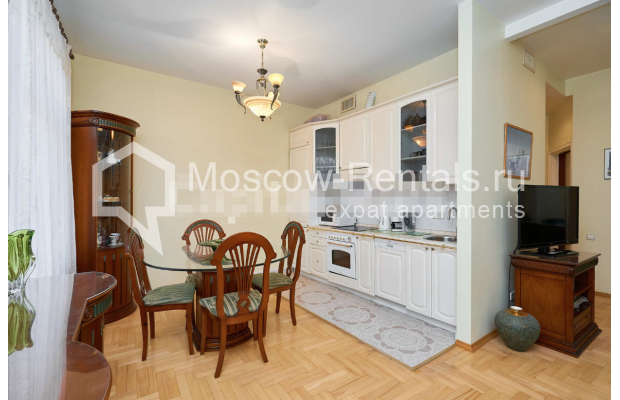 "Photo #2 3-room (2 BR) apartment for <a href=""http://moscow-rentals.ru/en/articles/long-term-rent"" target=""_blank"">a long-term</a> rent  in Russia, Moscow, Tverskaya str, 27С2"