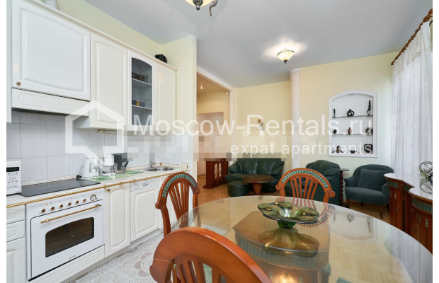 "Photo #3 3-room (2 BR) apartment for <a href=""http://moscow-rentals.ru/en/articles/long-term-rent"" target=""_blank"">a long-term</a> rent  in Russia, Moscow, Tverskaya str, 27С2"