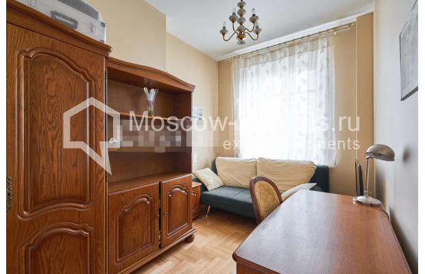 "Photo #7 3-room (2 BR) apartment for <a href=""http://moscow-rentals.ru/en/articles/long-term-rent"" target=""_blank"">a long-term</a> rent  in Russia, Moscow, Tverskaya str, 27С2"